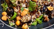 Συνταγή για σαλάτα με κινόα και αμύγδαλα