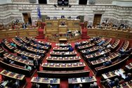 Πολυτεχνείο - Κόντρα στην Βουλή για τα επεισόδια στο κέντρο της Αθήνας
