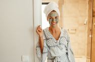 Tips για να φροντίσετε σωστά το δέρμα σας στην καραντίνα