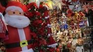 Πάτρα: Η εορταστική αγορά θα δώσει φως στη μαυρίλα της καραντίνας
