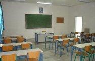 Βατόπουλος: 'Προτεραιότητα το άνοιγμα των σχολείων'