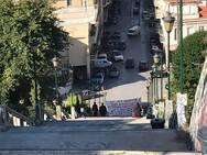 Πάτρα: Τρίτη μέρα κλείνει το πανό στις σκάλες της Αγίου Νικολάου