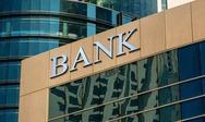 Οι τράπεζες αναστέλλουν τις πληρωμές σε δάνεια 25 δισ.