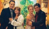 Οι πρωταγωνιστές του «Καφέ της Χαράς» σε ένα vintage χριστουγεννιάτικο εξώφυλλο