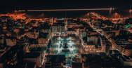 Η 'καρδιά' της Πάτρας από ψηλά την Άγια Νύχτα των Χριστουγέννων (φωτο)