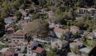 Μια εκδρομή σε ένα πετρόχτιστο χωριό που μέχρι το 1959 ονομαζόταν Άνω Μουσουνίτσα (video)