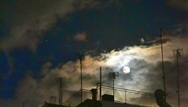 Πάτρα: Μέχρι και το φεγγάρι υποδέχτηκε το νέο έτος με όλη του τη λάμψη (φωτο)