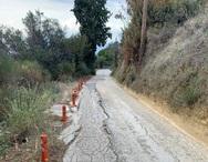 Πάτρα: Ο δρόμος που δεν πας ούτε με το… γαϊδουράκι! (φωτο)