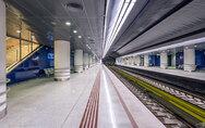 Νεαροί αρνητές μάσκας ξυλοκόπησαν άγρια εργαζόμενο στο Μετρό