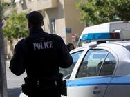 Εντατικοί έλεγχοι της αστυνομίας στα σχολεία της Πάτρας για τον συνωστισμό γονέων