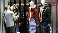 Λιανεμπόριο: Για «πόλεμο» προσφορών με εκπτώσεις έως και 70% ετοιμάζονται οι έμποροι