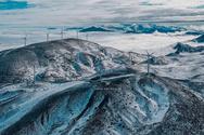 Πάτρα - Ο 'Λέανδρος' 'έντυσε' στα λευκά το Αιολικό Πάρκο (video)
