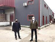 Επίσκεψη Άγγελου Τσιγκρή σε γαλακτοκομική μονάδα της Αιγιάλειας