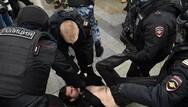 Ρωσία: Χιλιάδες συλλήψεις διαδηλωτών που ζητούν την απελευθέρωση του Ναβάλνι
