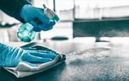 Κορωνοϊός: Για πόσο παραμένει ο ιός σε πλαστικές ή μεταλλικές επιφάνειες