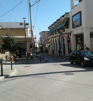 Αχαΐα: Aνοικτά τα καταστήματα στο Αίγιο