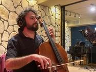 Πάτρα - Το Crazy Cello διασκευάζει το 'Sodade' στα 'Αντίδωτα' (video)