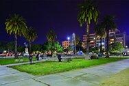 Πάτρα: 'Έπεσαν' 300άρια για συνωστισμό έξω από καφέστην πλατεία Υψηλών Αλωνίων