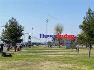 Θεσσαλονίκη: Ξεχύθηκαν στη Νέα Παραλία και πέταξαν χαρταετούς (video)