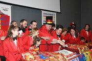 Πατρινό Καρναβάλι - Οι Σοκολατορίχτες 'γλύκαναν' τα τηλεοπτικά πλατό παρά την πανδημία