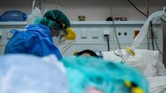 Covid 19: «Γονατίζουν» Αττική και Θεσσαλονίκη - 576 ασθενείς εισήχθησαν στα νοσοκομεία σε ένα 24ωρο