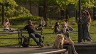 Έρευνα: Οι ηλιόλουστες περιοχές έχουν λιγότερους θανάτους από κορωνοϊό