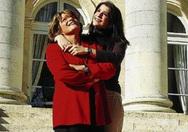 Κορίν Μεντζελοπούλου: «Στην Ακράτα απολαμβάνω την καλοσύνη και την απλότητα των κατοίκων»