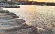 Αχαΐα: Εργασίες διαμόρφωσης στην παραλία του Ψαθοπύργου (φωτο)