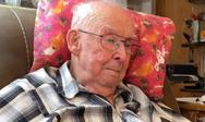 98χρονος βλέπει την αγαπημένη του σύζυγο να ζωντανεύει (video)