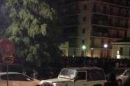 Πάτρα: Πάρτι μετά το κλείσιμο της εστίασης με μουσική από ηχεία αυτοκινήτου στην Παντανάσσης