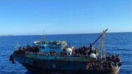 Ιταλία: Πλοιάρια με 1.000 μετανάστες έφτασαν στη Λαμπεντούζα
