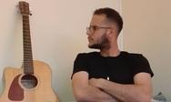 'Αν δεν είσαι εδώ' - Νέο τραγούδι από τον πατρινό Λεωνίδα Βασιλακόπουλο (βίντεο)