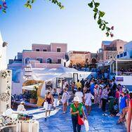 Τουρισμός: Η Ελλάδα «ανοίγει πανιά»