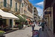 Πρώτη μέρα στην αγορά της Πάτρας, χωρίς μηνύματα και sms