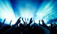 Πάτρα: Κλαμπ στα Βραχνέικα έπαιζε μουσική - Σύλληψη του υπευθύνου
