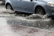 Λέσβος: Θυελλώδεις άνεμοι και πτώσεις δένδρων - Προβλήματα στο οδικό δίκτυο