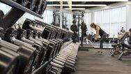 Άρση lockdown: Ανοίγουν από τη Δευτέρα τα γυμναστήρια και τα υπαίθρια γήπεδα