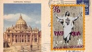 Ιταλία: Street artist μήνυσε το Βατικανό για αναπαραγωγή του έργου της σε γραμματόσημο