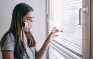 «Καμπανάκι» για τους έφηβους με κορωνοϊό: Τριπλάσιος ο κίνδυνος νοσηλείας σε σύγκριση με την απλή γρίπη