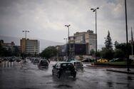 Καιρός: Βούλιαξε η Αθήνα από τη μπόρα