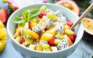 Ετοιμάστε καλοκαιρινή σαλάτα με εξωτικά φρούτα