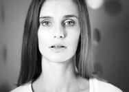 Χριστίνα Κουταλιάγκα: «Με το θέατρο ένιωσα απλώς ότι ανήκω κάπου» (pics)