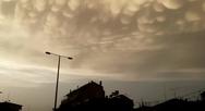 Περίεργος σχηματισμός από σύννεφα στον ουρανό της Λάρισας (video)