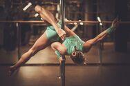 Pole Dancing: Δέκα λόγοι να πιάσεις τον στύλο