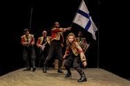 'Ελευθερία, ο ύμνος των Ελλήνων' - Η παράσταση συνεχίζει δυναμικά στην ευρύτερη περιοχή της Νοτιοδυτικής Ελλάδας