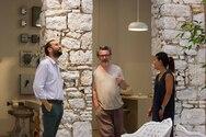 Πάτρα: Ο Περιφερειάρχης στην έκθεση ζωγραφικής του Κλεομένη Κωστόπουλου (φωτο)