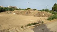 Ώρα Πατρών: Καθαρισμός δημοτικών οικοπέδων δίπλα σε αθλητικές εγκαταστάσεις