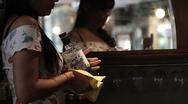 Κορωνοϊός: Δείτε το ΦΕΚ με όλες τις οδηγίες για μετακινήσεις - διασκέδαση - εργασία