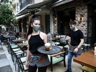 Πάτρα: 'Χρυσός' καφές για τους μη εμβολιασμένους - Στάνταρ μείωση του τζίρου 'βλέπουν' στην εστίαση