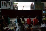 Πάτρα: Κόσμος στην πρεμιέρα της ενότητας «Ο Καραγκιόζης στις γειτονιές» (φωτο)